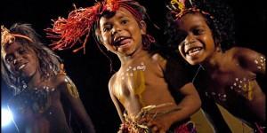 Aboriginal children at DanceSite, Alice Springs. Flickr / Rusty Stewart.